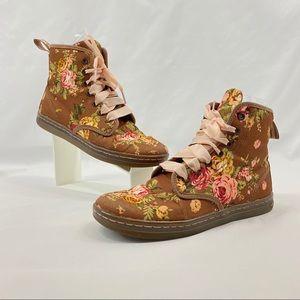 Dr. Martens Shoreditch Textile Floral Boot